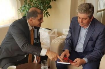 السفير احمد المذبوح يلتقي رئيس جمهورية بلغاريا الاسبق
