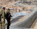 فيديو : الاحتلال يشق طريقاً استيطانية شمال الخليل