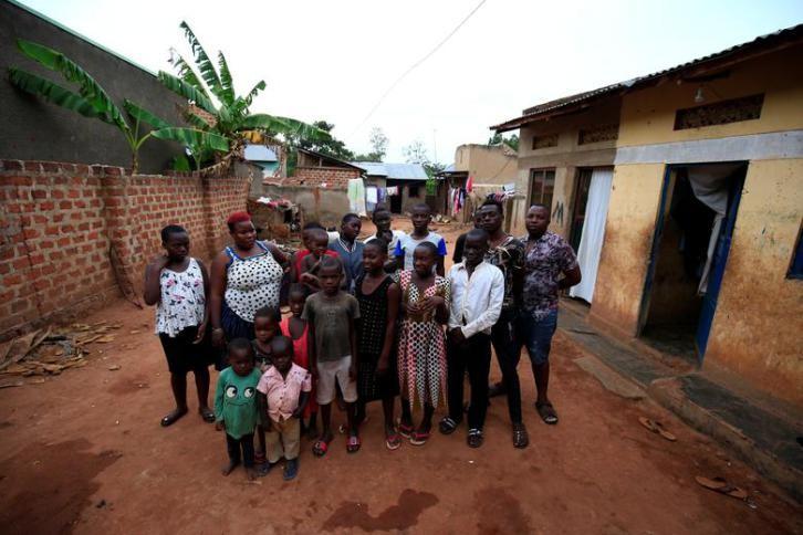 المرأة الخارقة أنجبت 38 ابنا وبنتا.. كلهم توائم