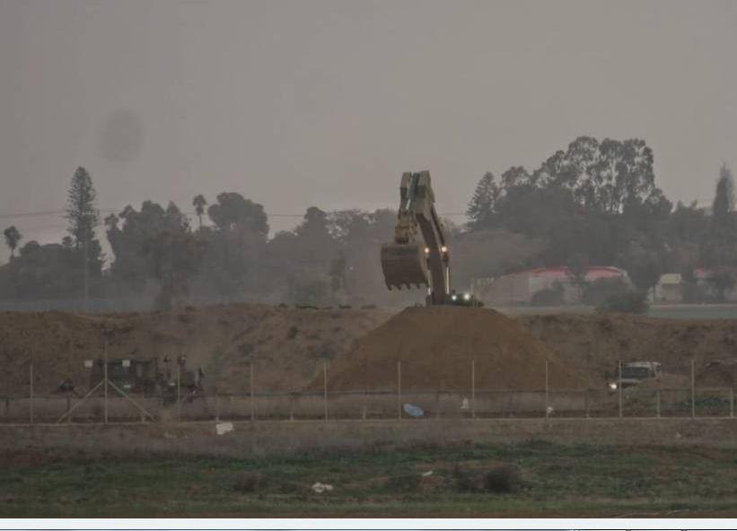 جيش الاحتلال ينوي تحصين كيبوتس في غلاف غزة بسواتر ترابية