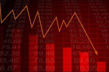 انخفاض العجز في الميزان التجاري في آذار