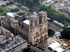 أثرياء فرنسا لم يتبرعوا لترميم نوتردام