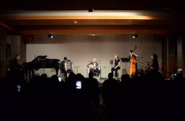 """فرقة ترشيحا للموسيقى العربية تُغني مصراً في مهرجان """"وين ع رام الله"""""""