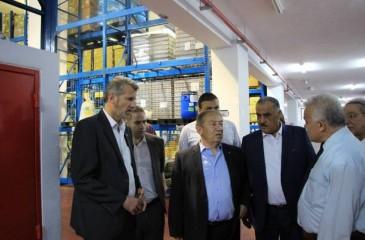 وزير الاقتصاد يعلن بدء تصميم البرنامج العنقودي لنابلس