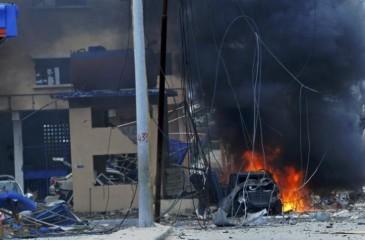26 قتيلاً على في هجوم إرهابي على فندق بالصومال