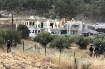 """""""أوتشا"""": الاحتلال هدم 44 مبنًى فلسطينيًا بأسبوعين"""