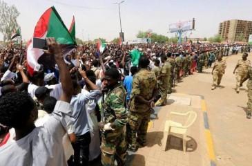 السودان يحتفل بتوقيع الاتفاق الانتقالي السبت المقبل