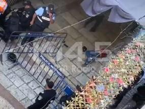 فيديو : إصابة عدد من المواطنين برصاص مستوطن وشرطة الاحتلال في القدس