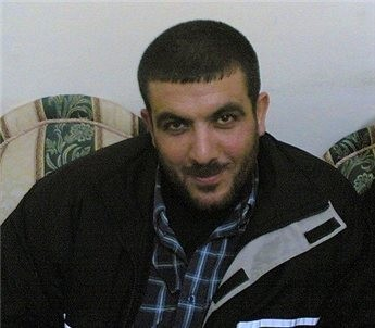 صحيفة تكشف أسباب اعتقال مصر للقيادي زكي السكني