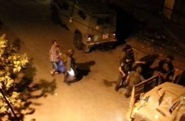 الاحتلال يعتقل مواطنا ويستولي على مركبة في بيتونيا